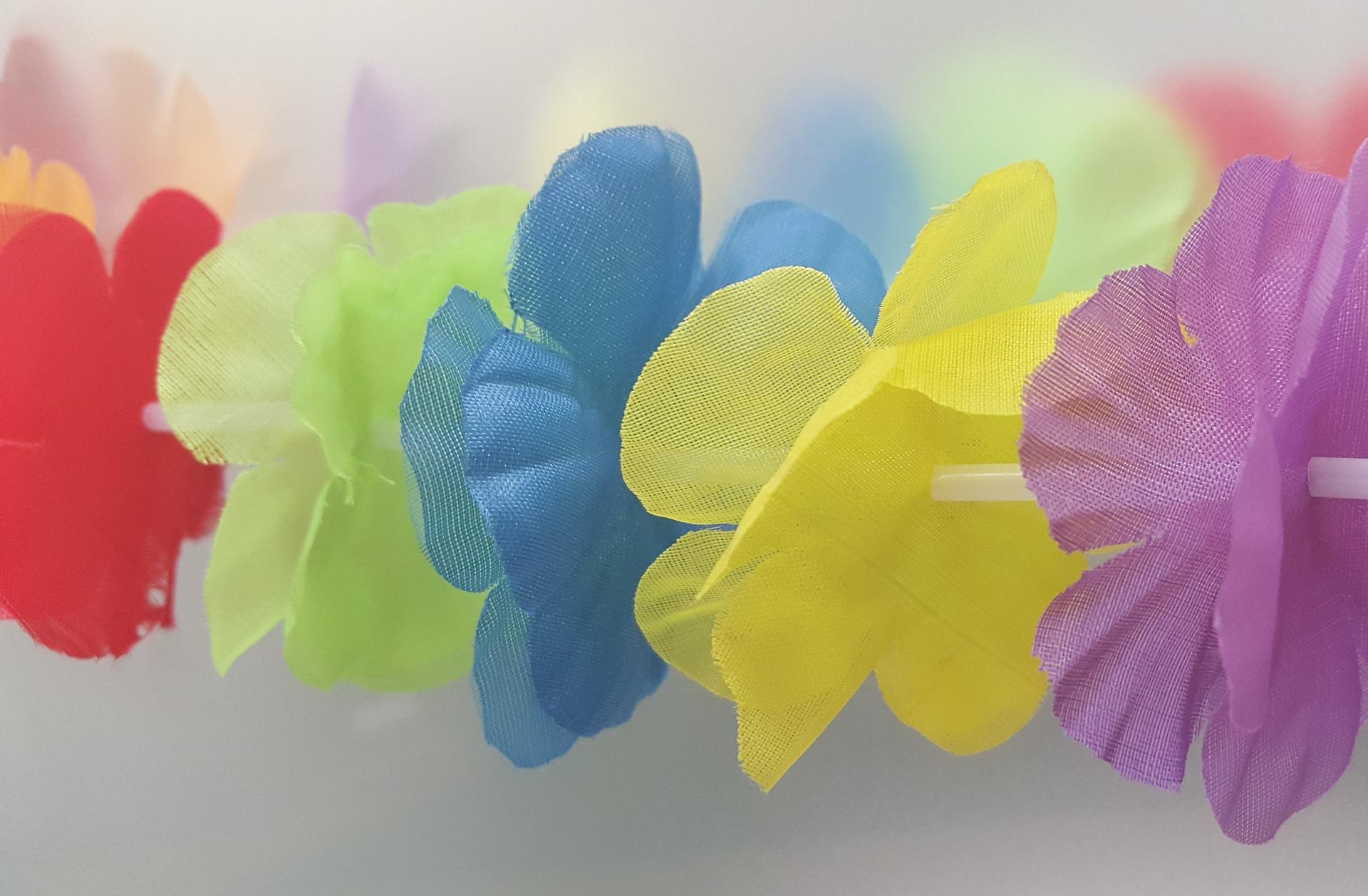 lei-flowers-1177410_1920
