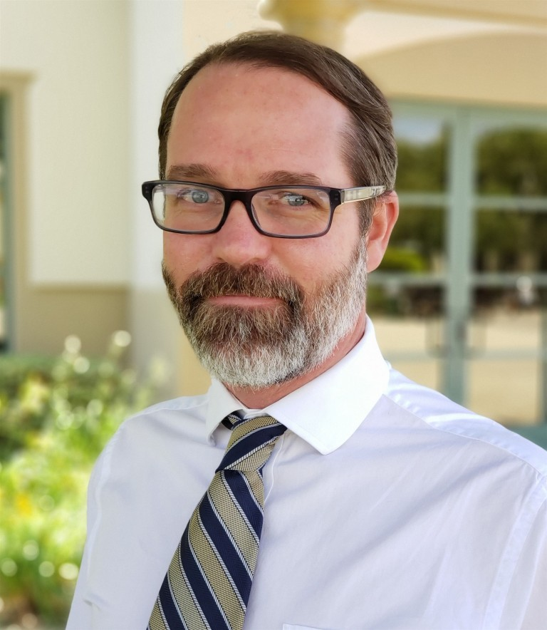 Dr. Everett